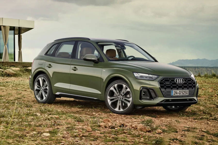 Audi Q5 for hire from AM Auto Rent