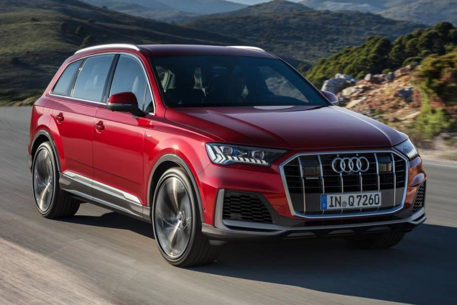 Audi Q7 for hire from AM Auto Rent
