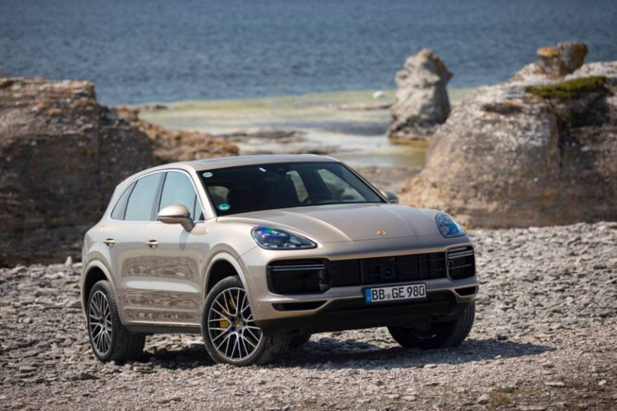 Porsche Cayenne for hire from AM Auto Rent